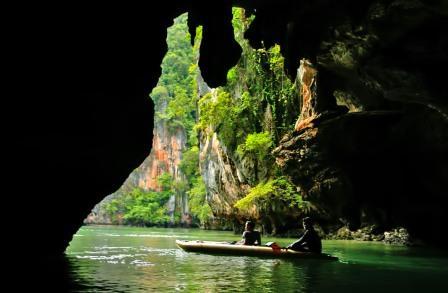 Залив Пханг Нга Бей и пещеры залива
