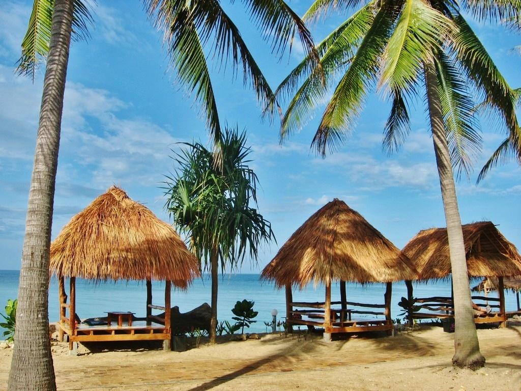 Паттайя или Пхукет, что лучше? Сравнение курортов Тайланда