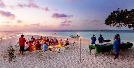 Отдых зимой на Мальдивах по Новогодней акции