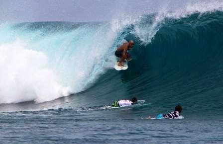 Мальдивы для серфинга