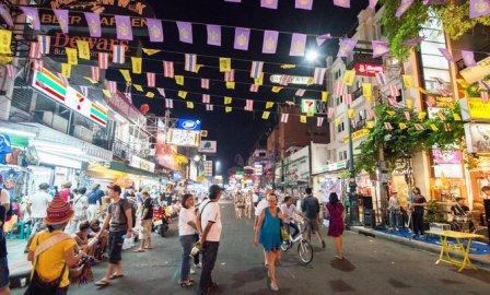 Стоит ли покупать экскурсии на улицах