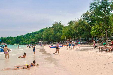 Остров и пляж Koh Sak в Паттайе